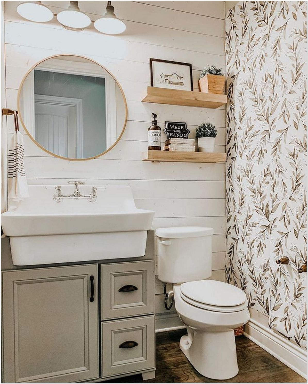 76+ Farmhouse Bathroom Makeovers For a Rustic Look